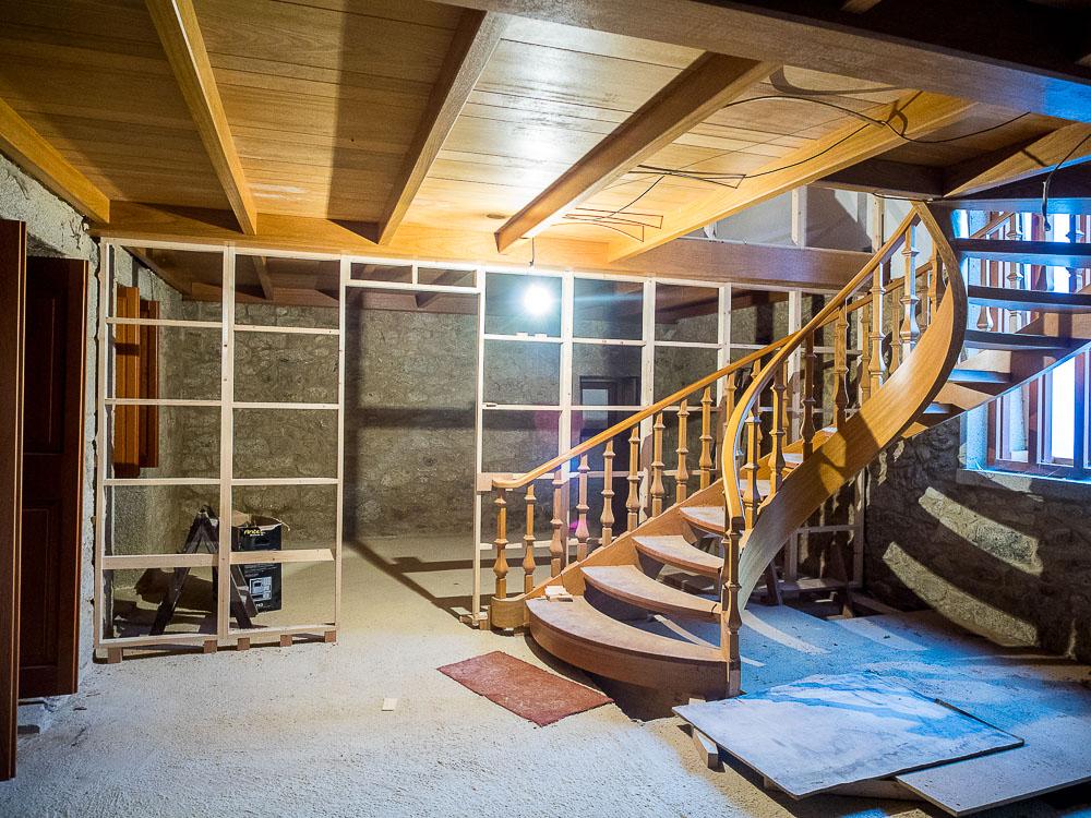 Carpintería Laiño - Escalera y cubierta